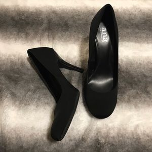 Black heels from A New Approach (a.n.a)